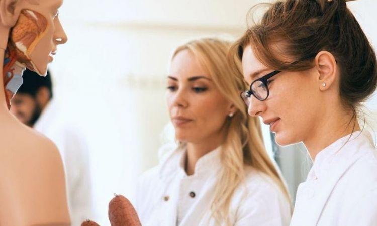 Online medical courses for medical student